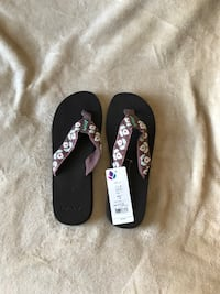 Reef flip flops--lot of three  Wall, 08736