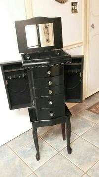 Jewelry armoire Terry, 39170