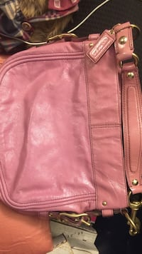 pink leather crossbody bag Grinnell, 50112