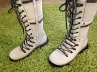 Bos & Co White Gabriella Leather Boots - Brand NEW, never worn - size 7 COLUMBIA