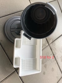 White and black electric kettle (no delivery) Coquitlam, V3B 4S8