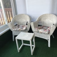 Two wicker chairs and table Crofton, 21114