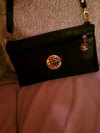 black crossover purse  St. Catharines, L2M 4G1