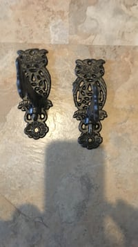Cast iron 5inch owl hooks vintage Silver Creek, 30173
