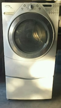 Whirpool Washer Front Load With Pedestal. 2248 mi