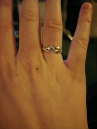 Sterling silver dolphin ring size 7 Cranbrook, V1C 4Y2