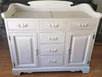 Small dresser/cabinet with pearl finish  Lorton, 22079