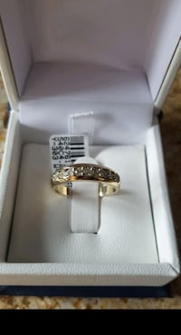 10K Yellow Gold & Diamond Semi-Eternity RING 6 1/2 -  NEW Kirkland