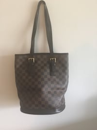 Women's Louis Vuitton Purse