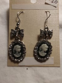 Black and White Cameo Dangles with Rhinestones