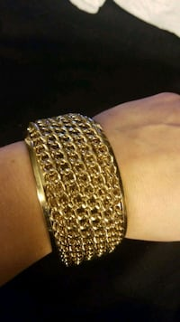 Gold chain bangle Fairfax, 22031