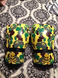 yellow-black-and-brown camouflage boxing gloves Rocky View No. 44