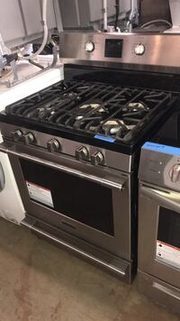 """New 30"""" stainless steel gas stove Frigidaire Professional 6 months warranty  Baltimore, 21223"""