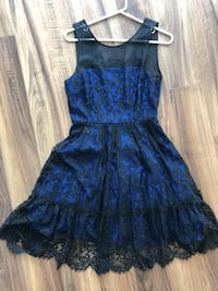 Anthropologie Moulinette sœurs size 4 gorgeous dress lace and royal blue Toronto, M9B 0A4