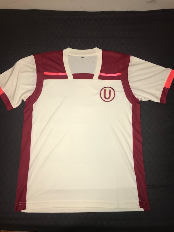 PERU size small soccer jersey UNIVERSITATIO SOCCER CLUB 0
