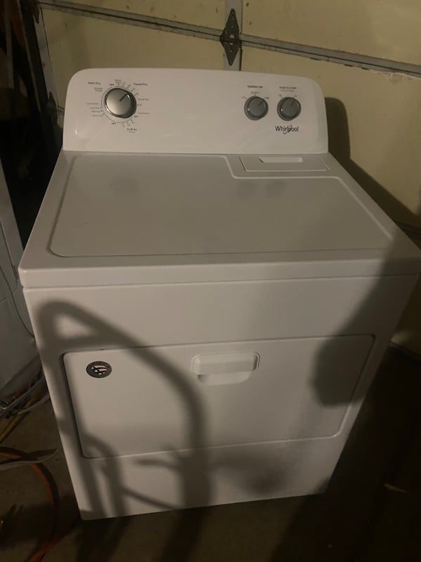 Whirlpool like new ekectric dryer 30 day warranty  0