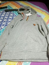 gray and red zip-up hoodie Radcliff, 40160