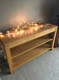 """Sofa Table in excellent condition!  Length 52"""" Wide 17"""" Height 28"""" Crestwood, 60445"""