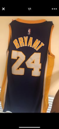 black and yellow # 10 jersey Indian Head, 20640