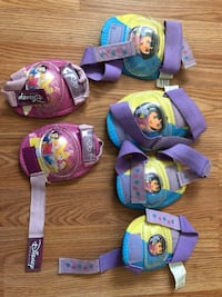 Girls elbow and knee pads for skate Hamilton, L9C 1K3