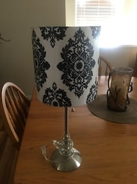 white and black floral table lamp Corpus Christi, 78413
