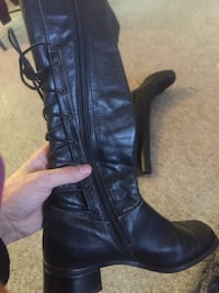 Retro leather boots. Size 7 lace straps  New Westminster, V3M 2E7