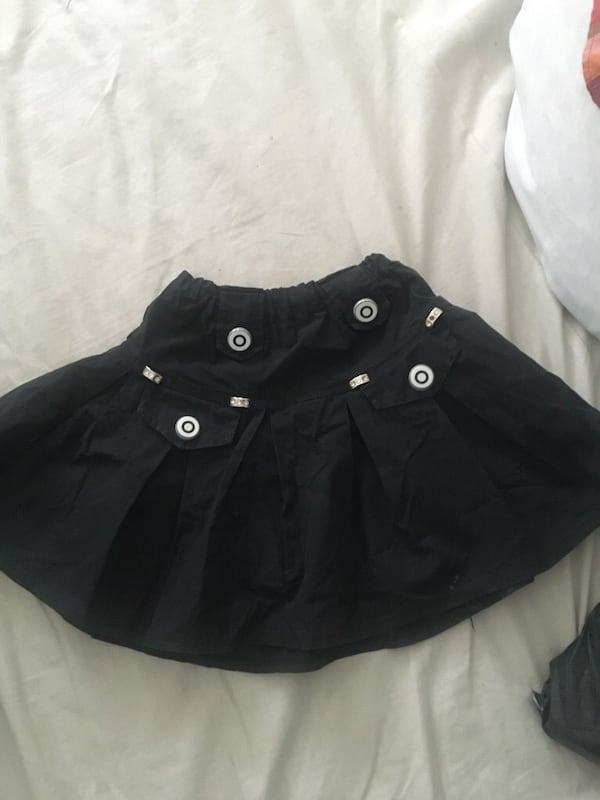 Size 4-6 Years girl Skirt 617a86bf-c9c6-46a7-8e6d-3472588fa4b4