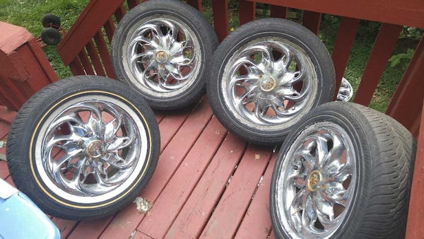 Chrome 16 Inch Vogue Stardust Wheels And Tires