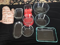 assorted clear glass bowls and trays Montréal, H4S