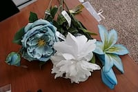 white and green artificial flowers Commerce City, 80022