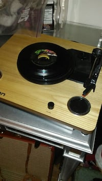 Ion turntable Woodlawn, 21244