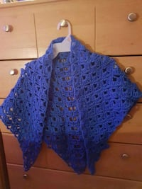 blue lace scoop neck long sleeve shirt