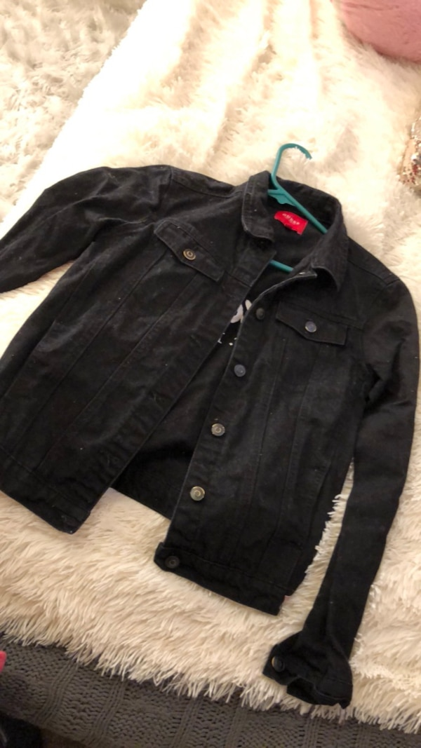 Rare Guess Black Jean Jacket