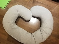 brown and white fabric sofa chair 539 km