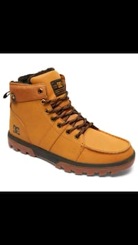 LOOKING FOR MEN'S DC BOOTS SIZE 8 Innisfil