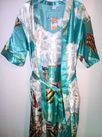 women's teal and white bathrobe Winnipeg, R2K 1C1