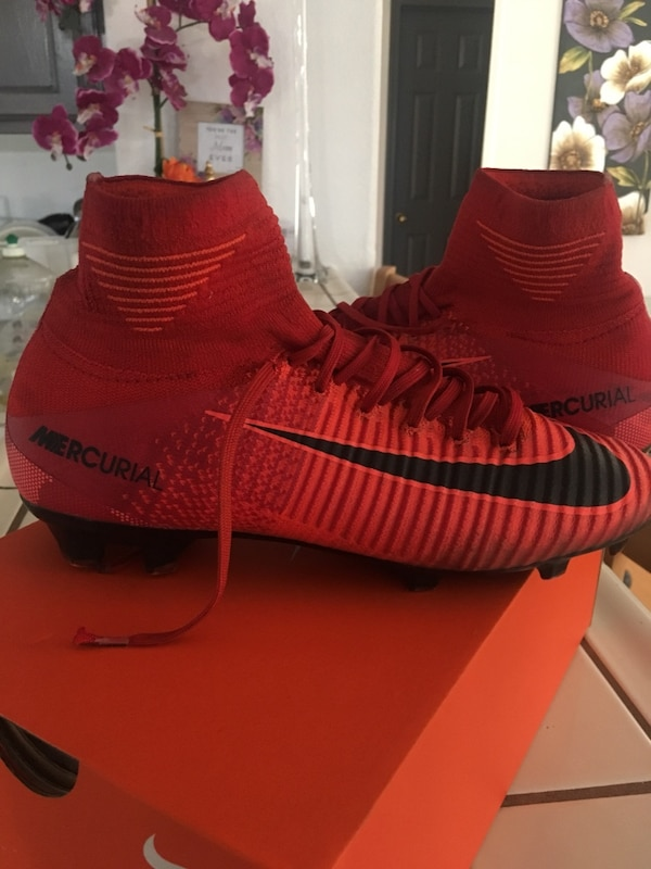 7e74d3fdd Used pair of red Adidas Yeezy Boost 350 v2 for sale in Palmdale - letgo