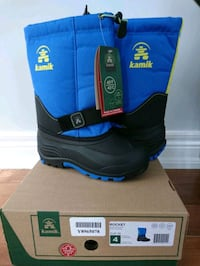 Sorel boys winter boots size 4 Barrie