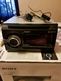 Sony WX-900BT car stereo