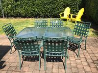 Outdoor table and chairs for 6 Portland, 97212