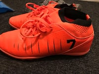 Pair of red soccer shoes Sherwood Số 159