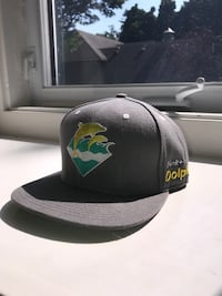 Grey Pink Dolphin Hat Burlington, L7R 4G1