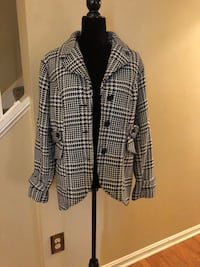 Plaid Jacket Size XL Laurel, 20724