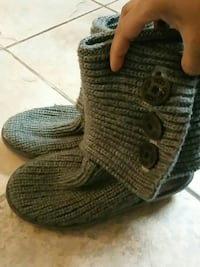 UGG pair of grey knitted boots Toronto, M4H 1P3
