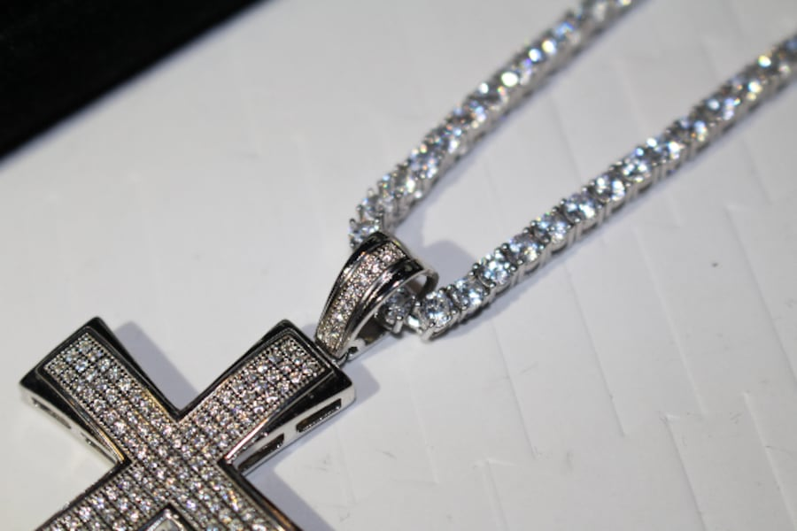 3MM SOLID 925 SILVER ICED OUT FLOODED LAB SIMULATED DIAMONDS 60CT TENNIS CHAIN NECKLACE W/ ICED OUT CROSS 20CT PENDANT aea0934f-1a75-4436-89f6-224d3a384ca8