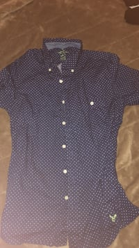 black and white Hollister polka-dotted button-down t-shirt Manassas, 20109