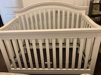 selling baby cot, mattress as a gift, very good condition , no scratches and damage. pickup Торонто, M8Z