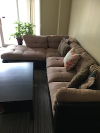Sectional Sofa with Ottoman (Super comfortable) Richmond Hill, L4C 0M7