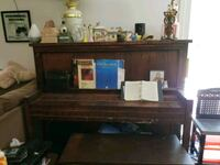 Piano Luttrell, 37779