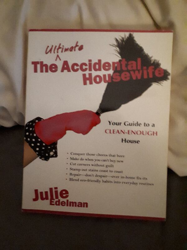 THE ULTIMATE ACCIDENTAL HOUSEWIFE BOOK BY BEST SELLER AUTHOR JULIE EDELMAN e7776697-dd55-4e31-994d-456e8a50e9b8